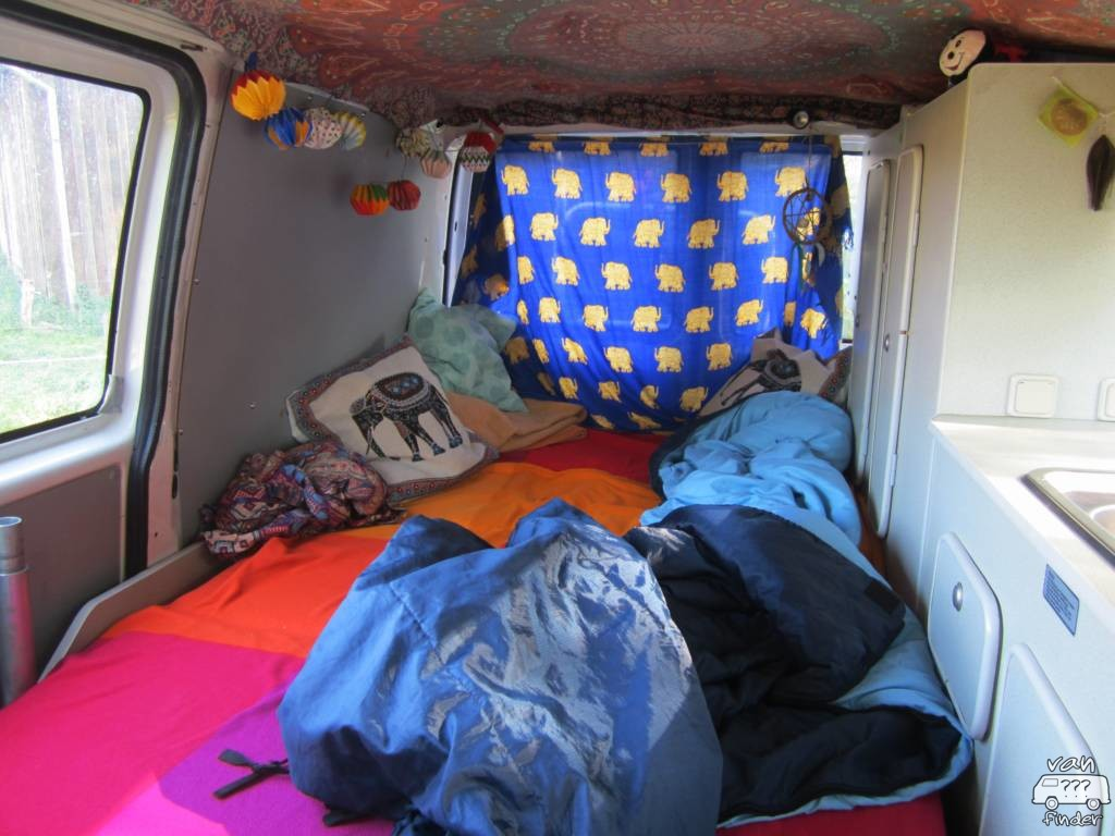 Kristinas Bett im VW T4